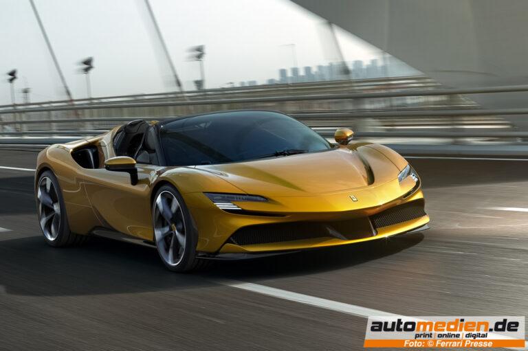 Der neue Ferrari SF90 Spider